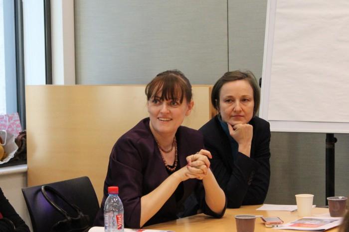 Татьяна Рожкова (слева)